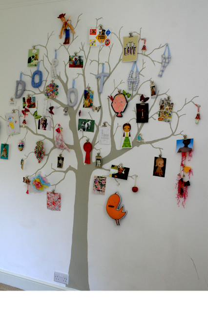 Memory tree - a full length picture of the finished tree with added memories and souvenirs.
