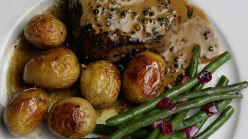 Steak au poivre - recipe for Valentine's Day